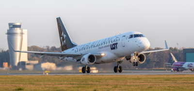 LOT Polish Airlines resumes flights from Katowice Airport to Warsaw